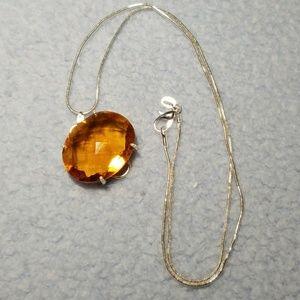 Jewelry - Orange Quartz pendant with chain